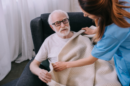 What to Expect When Hiring a Caregiver
